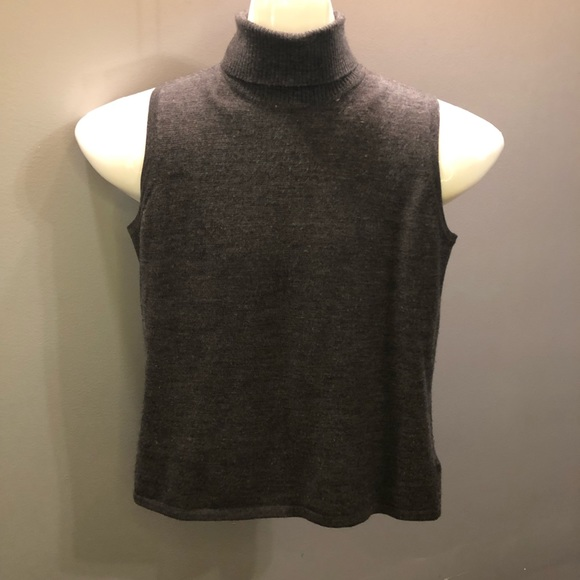 Jones New York Tops - Bogo🛍 Beautiful Turtle Neck! 100% merino wool!